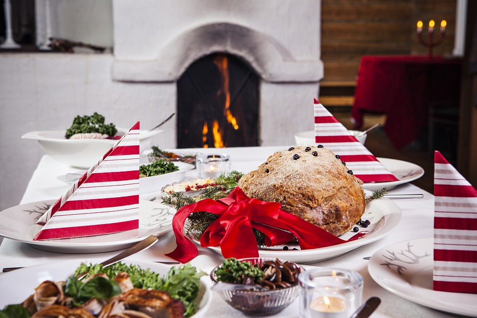 Weihnachtsessen: bewusst genießen und Lebensmittelabfälle vermeiden!